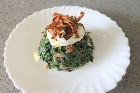 Modern Yoğurtlu Ispanak (Warm Spinach with Yogurt Sauce)