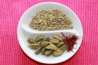 Saffron, cardamom and fennel seeds