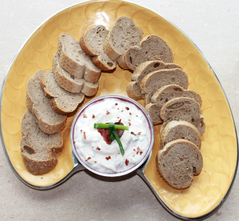 Bacon and Chive Yogurt Dip